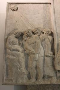Der dreigeteilte Altar, links