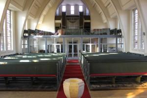 Blick auf die Orgelempore